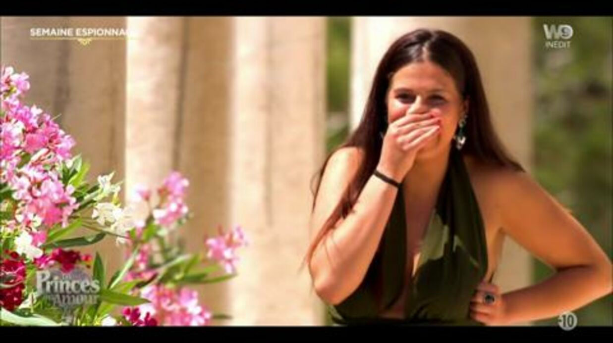 VIDEO Les Princes de l'amour 4: une candidate se ridiculise en arrivant avec un sein à l'air