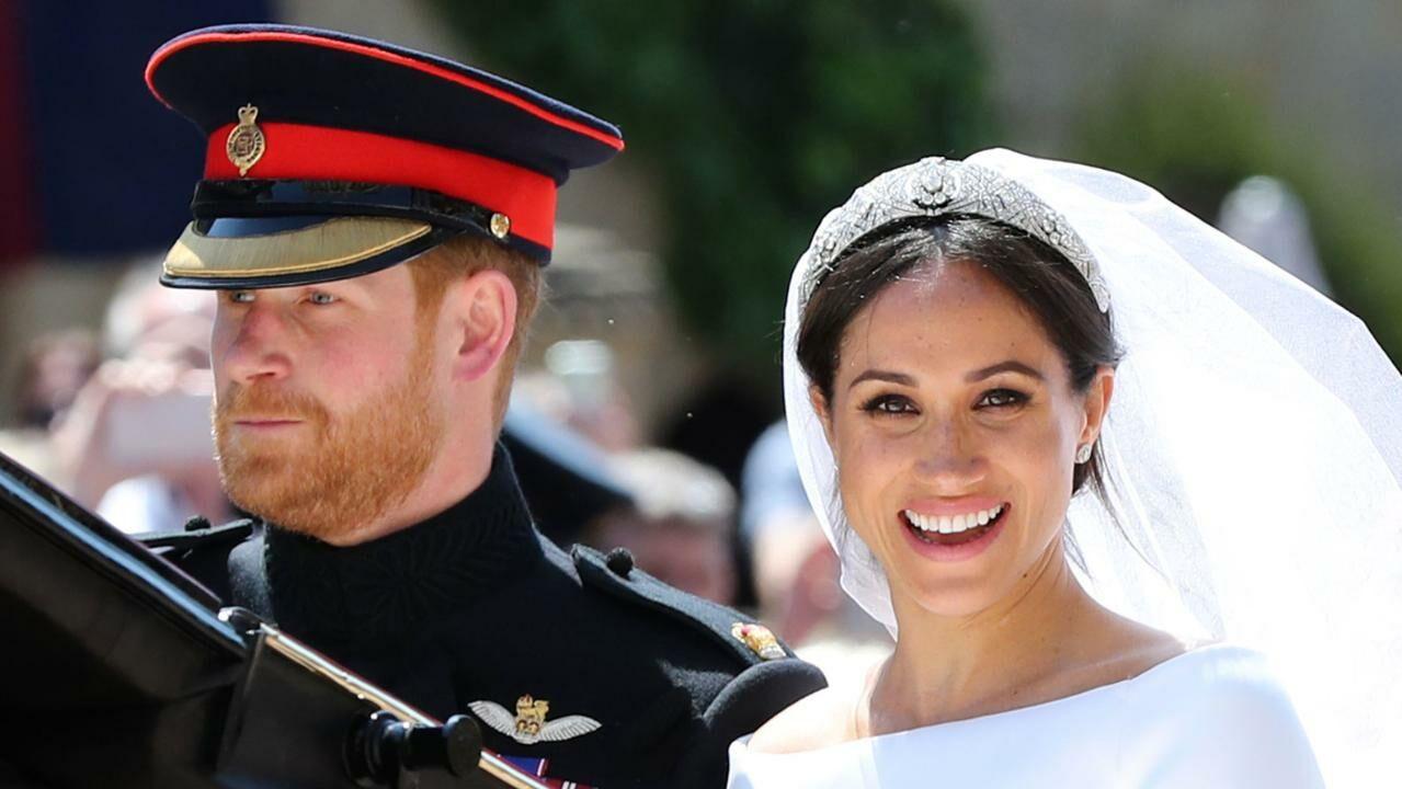 mariage princier : découvrez le luxueux cadeau offert par emmanuel