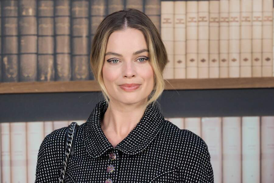 Margot Robbie au défilé haute couture Chanel, au Grand Palais
