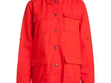 20 vestes en jean colorées à moins de 50 euros à shopper absolument !