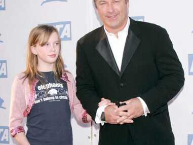 Ireland Baldwin, la fille de Kim Basinger et Alec Baldwin, devenue mannequin à 17 ans