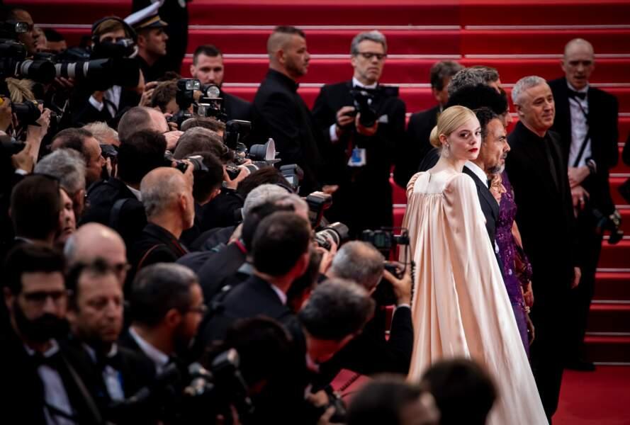 Elle Fanning a monté les marches du Festival de Cannes