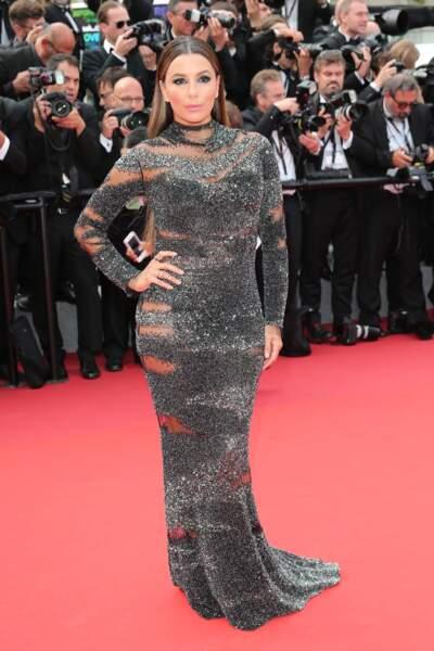 Cannes - Montée des Marches pour le 70ème anniversaire : Eva Longoria