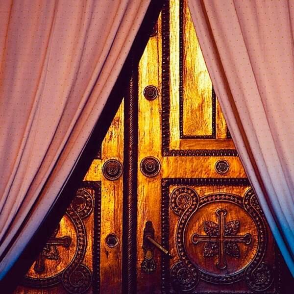 Des portes, aussi