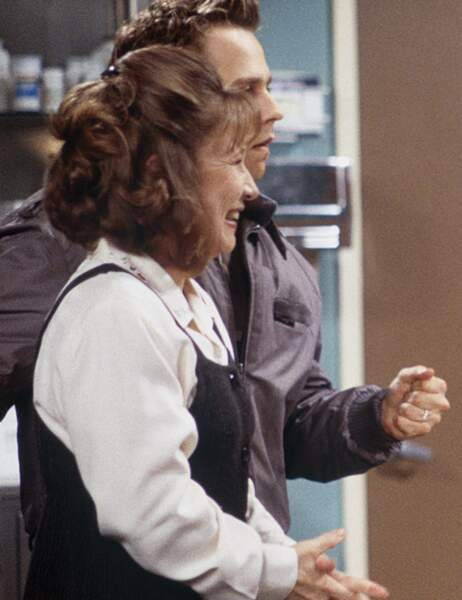 Dans la série, il est en couple avec Alice Knight Buffay