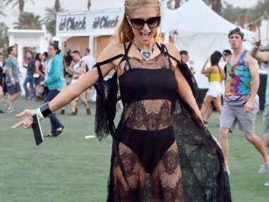 Coachella 2016: Paris Hilton en robe transparente, Kellan Lutz enlève le haut