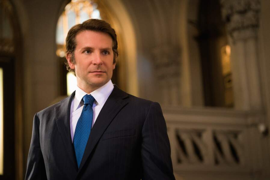 Bradley Cooper complètement imberbe : qui est cette personne?