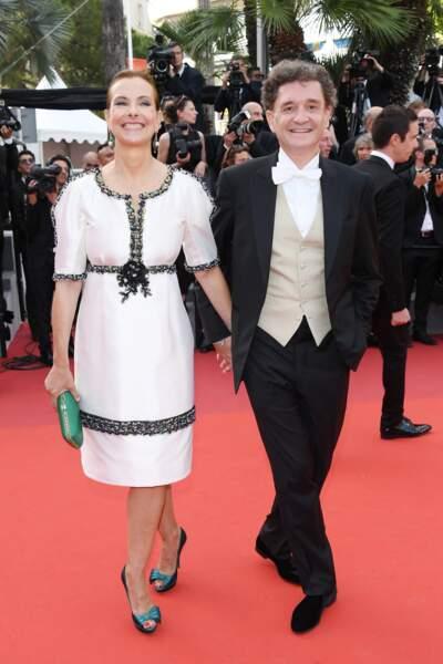 Cannes - Montée des Marches pour le 70ème anniversaire : Carole Bouquet & Philippe Sereys