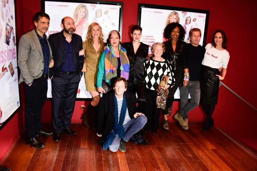 L'équipe du film et Michèle Laroque à l'avant-première du film Brillantissime, Paris