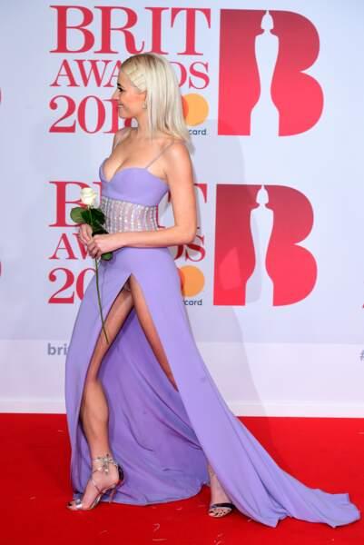 Accident de robe : Pixie Lott lors des Brit Awards à Londres
