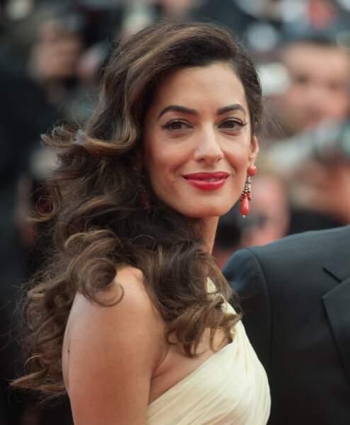 Amal Clooney et ses boucles parfaites