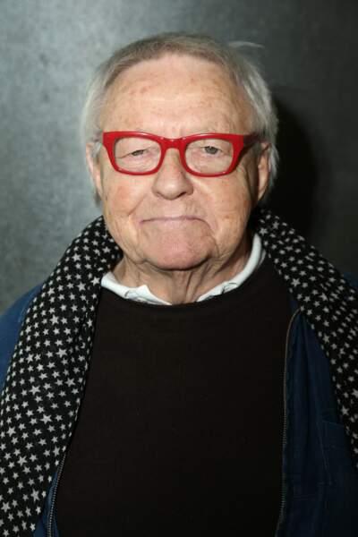 Roger Dumas s'est éteint le  juillet 2016 à l'âge de 84 ans