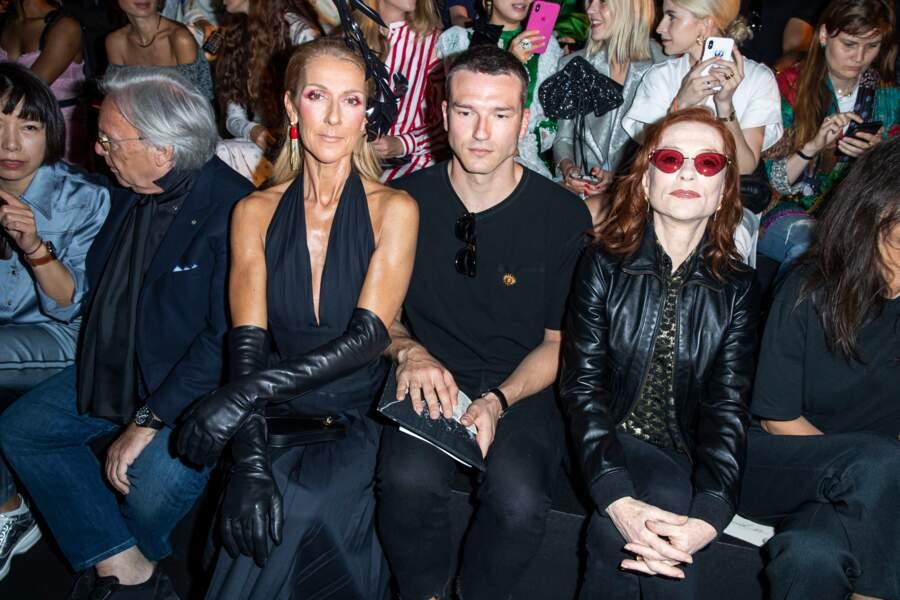 Céline Dion, Pepé Muñoz et Isabelle Huppert au premier rang du défilé haute couture Schiaparelli à Paris