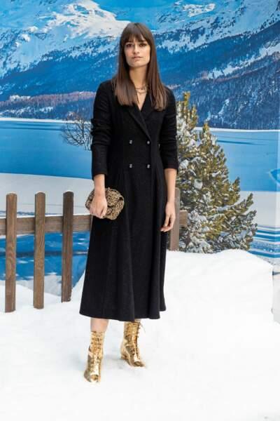 Clara Luciani Chanel automne-hiver 2019-2020 pour un dernier hommage à Karl Lagerfeld