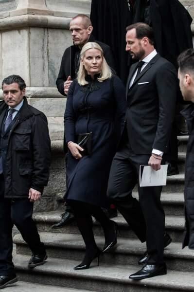Messe hommage à Franca Sozzani : le prince héritier Haakon de Norvège et son épouse Mette-Marit