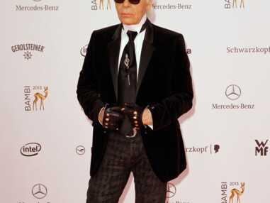 VOICI - PHOTOS Karl Lagerfeld métamorphosé avec quelques kilos en plus