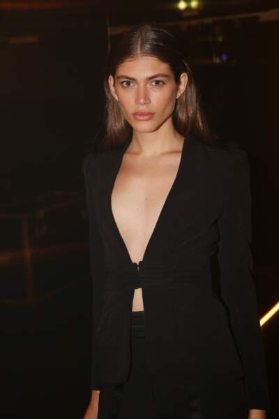 Valentina Sampaio à la soirée Yves Saint Laurent de la Fashion Week parisienne