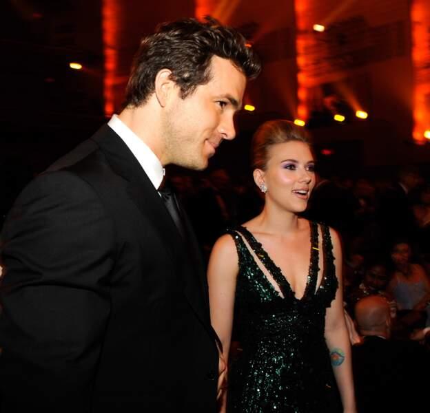 Ici en juin 2010 : Ryan Reynolds et Scarlett Johansson annoncent en décembre qu'ils divorcent
