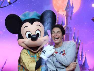 Les stars célèbrent Mickey et le magicien à Disneyland Paris