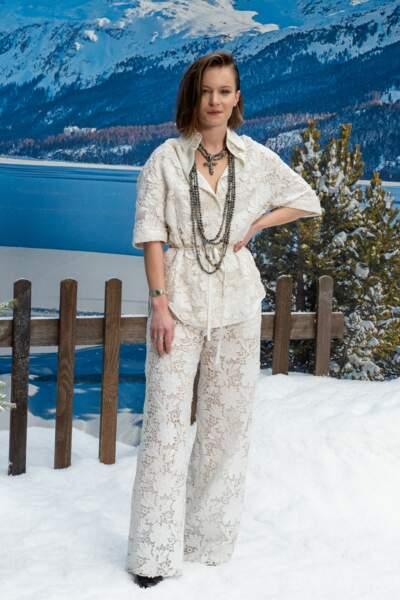 Diane Rouxel Chanel automne-hiver 2019-2020 pour un dernier hommage à Karl Lagerfeld