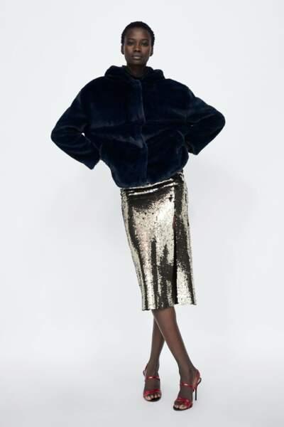 Veste en fausse fourrure à capuche, Zara, 49,95€