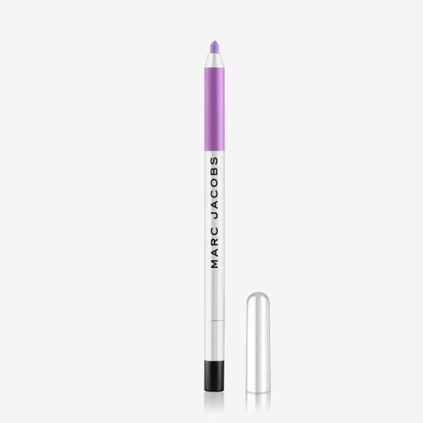 Crayon pour les yeux Matte Highliner Miste Me, 20,90 €, Marc Jacobs chez Sephora.