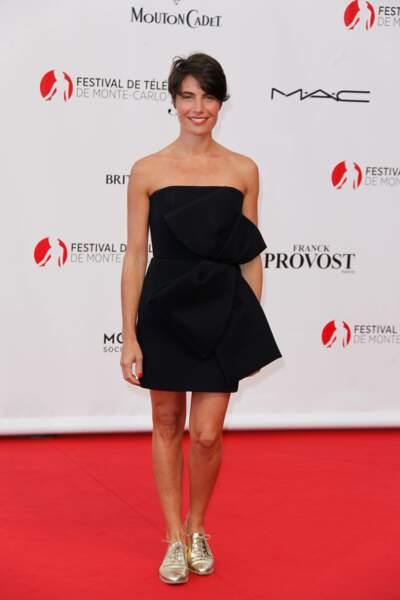 Alessandra Sublet a évité tout fashion faux-pas avec sa petite robe noire
