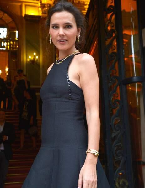 Comme Carla, Virginie Ledoyen a fait la totale : collier, boucles d'oreilles et bracelets