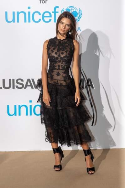 Emily Ratajkowski, au gala de l'UNICEF en Sardaigne, le 10 août 2018