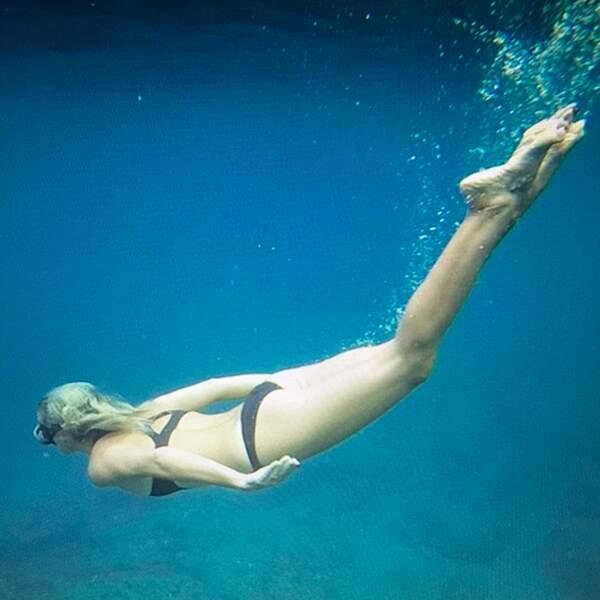 Laeticia, en pleine plongée au Cap d'Agde