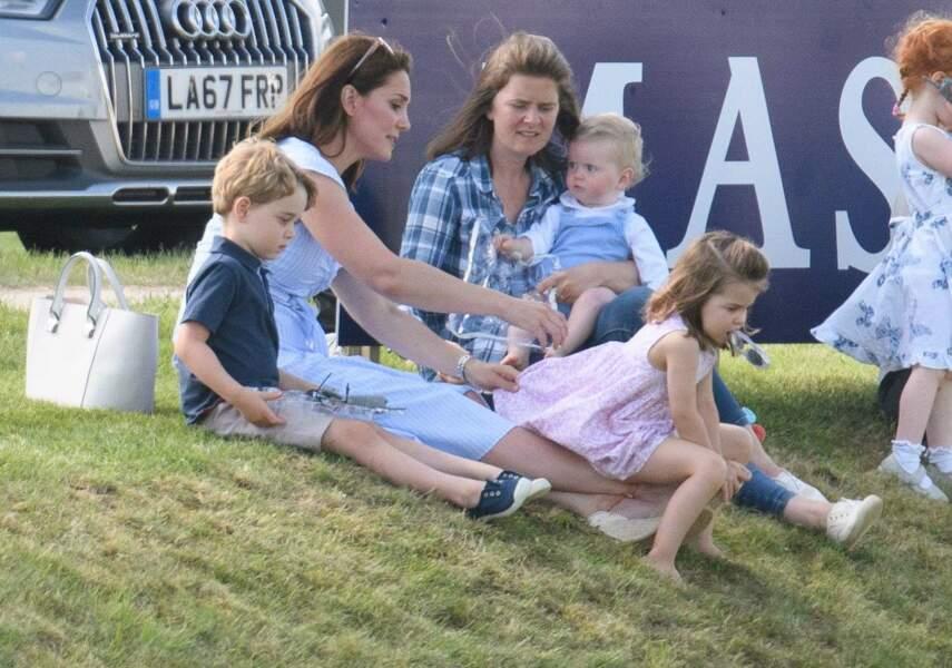 Kate Middleton, le prince George et la princesse Charlotte au Maserati Royal Charity Polo