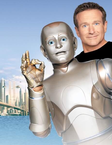 En 1999, L'Homme bicentenaire pour Chris Columbus dans l'adaptation de la nouvelle d'Isaac Asimov
