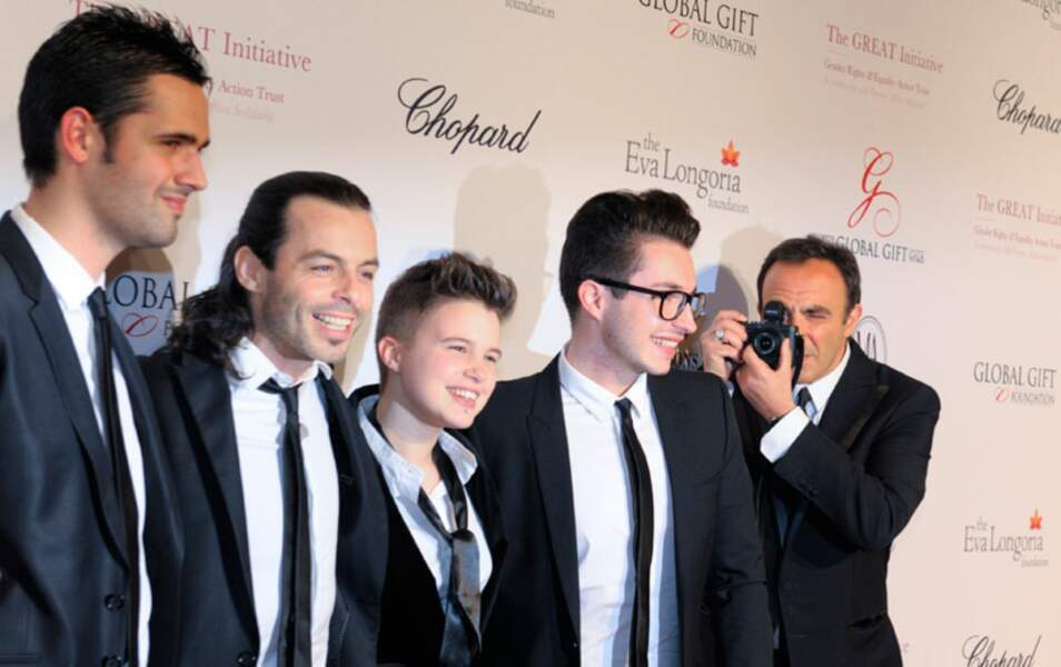 Les finalistes de The Voice et Nikos Aliagas
