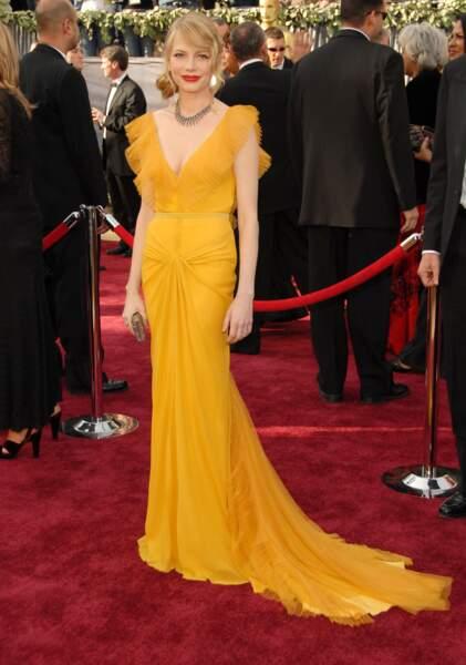 Dans cette robe jaune, Michelle Williams était le soleil de la soirée