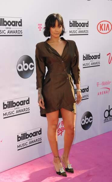 Billboard Music Awards 2016: Rihanna en Thierry Mugler et Manolo Blahnik