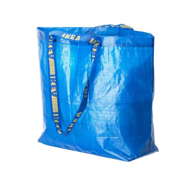 Pour un style « Vetements » à moindre coût : cabas FRAKTA, Ikea, 0,60€