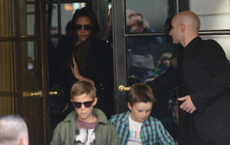 Victoria Beckham, Roméo (Lunettes noires) et Cruz