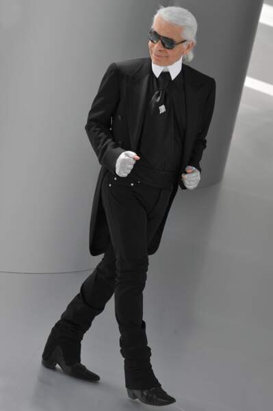 L'évolution physique de Karl Lagerfeld : le créateur en 2008