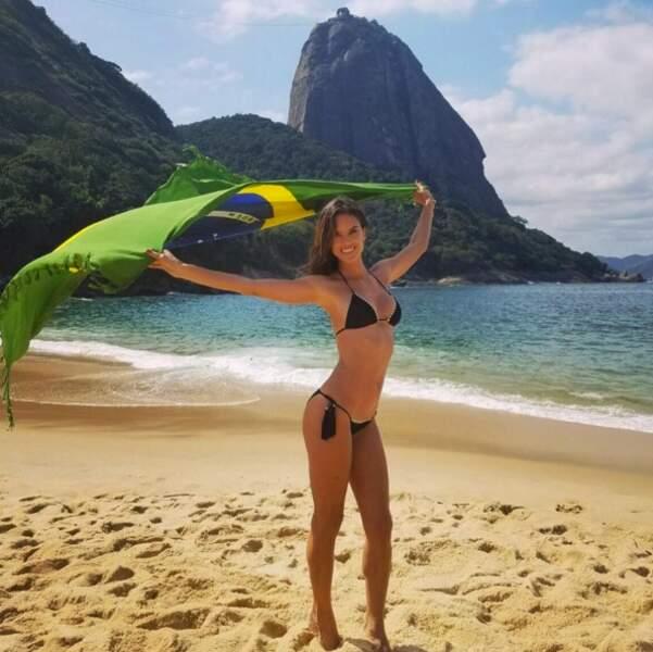 Défilé Victoria's Secret à Paris : Alessandra Ambrosio
