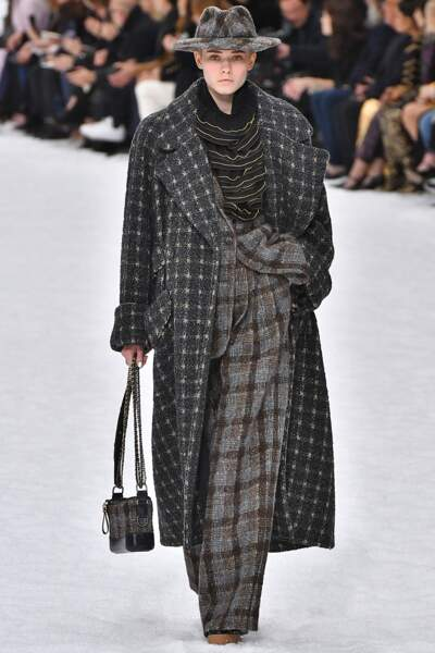 Fashion week automne-hiver 2019/2020 : Chanel rend hommage à Karl Lagerfeld
