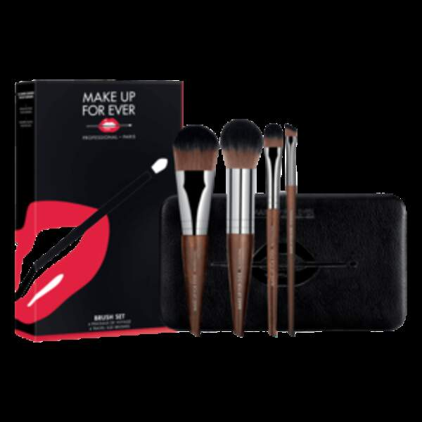 Set de 4 pinceaux, Make Up For Ever sur Sephora, 22,50 euros au lieu de 75 euros