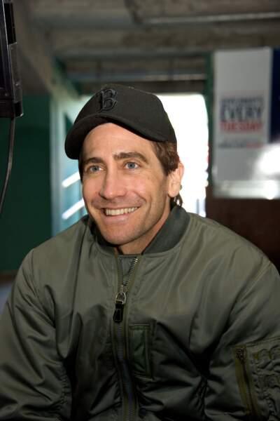 Jake Gyllenhaal sans barbe : il reste beau mais c'est pas pareil.