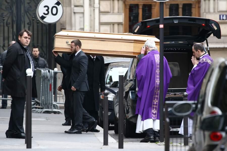 Les funérailles de Laurence Chirac ont été célébrées ce matin en l'église Sainte Clotilde