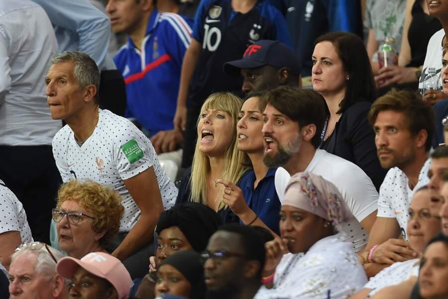 Nagui et Mélanie Page en plein suspense los du match opposant la France aux Etats-Unis