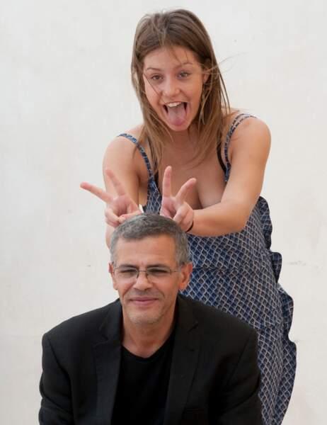 Adèle Exarchopoulos a tenté la bonne vieille blague des oreilles de lapins sur Abdelatif Kechiche