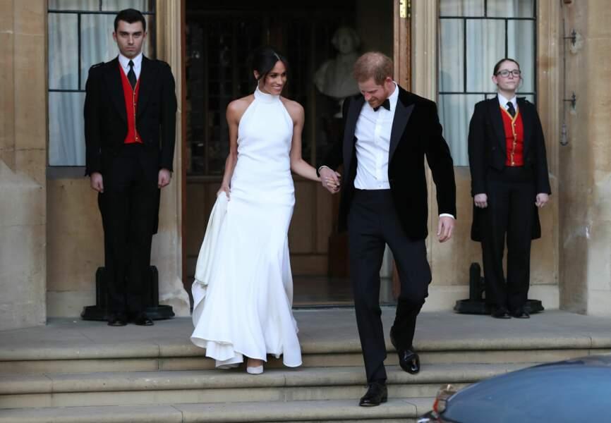 Le prince Harry et sa femme Meghan Markle quittent le château de Windsor