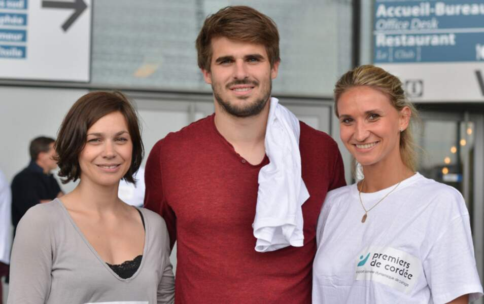La patineuse aux côtés de Tatiana Golovin et du rugbyman Jonathan Winiewski