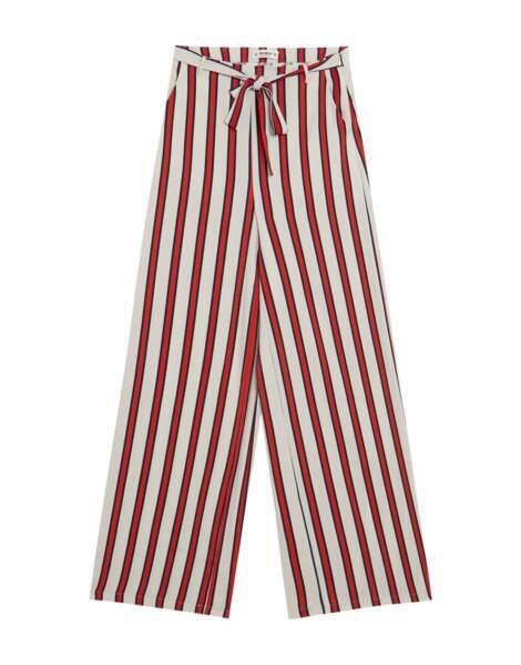 Pantalon large rayé + ceinture, Pull and Bear, 19,99 euros