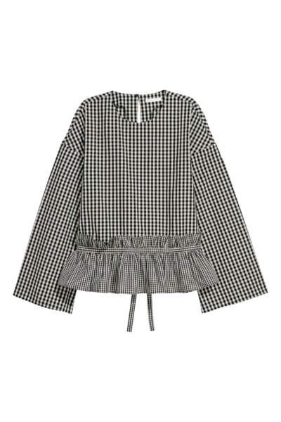 Blouse volantée en coton, H&M, 7,99 euros au lieu de 19,99 euros