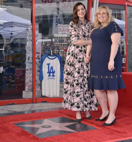 Anne Hathaway et Rebel Wilson